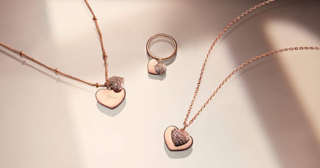 Michael Kors Jewelry - gioielli con ciondolo cuore - Gioielleria Casavola Noci - Immagine promozionale per il web