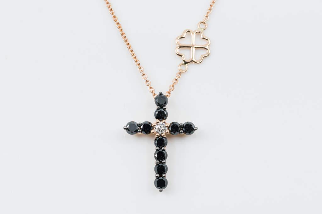 Collana Croce Fidelis Diamanti Neri - Casavola - main grande - Gioiellieri dal 1882 - Noci