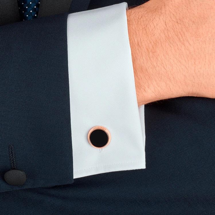 Gemelli camicia Montblanc 116663 pietra onice nera - Indossato polsino - Casavola - Gioiellieri dal 1882 - Noci
