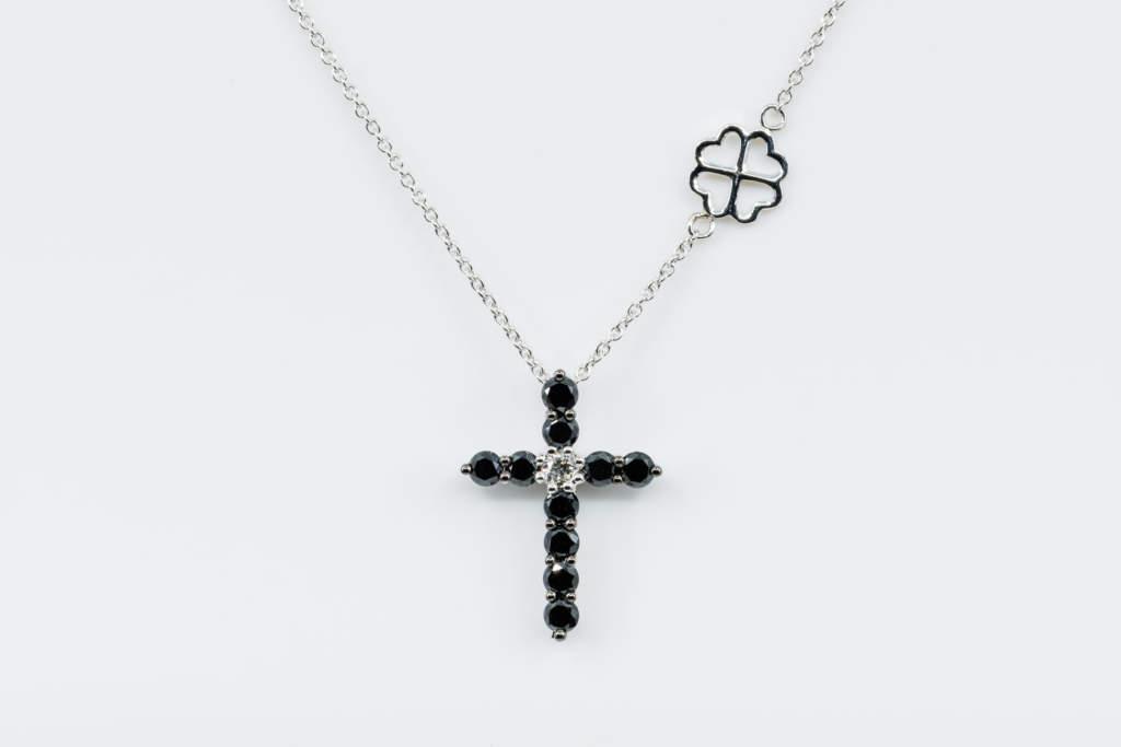 Collana Croce Fidelis white diamanti neri - Gioielleria Casavola Noci - idea regalo battesimo - oro bianco taglia media
