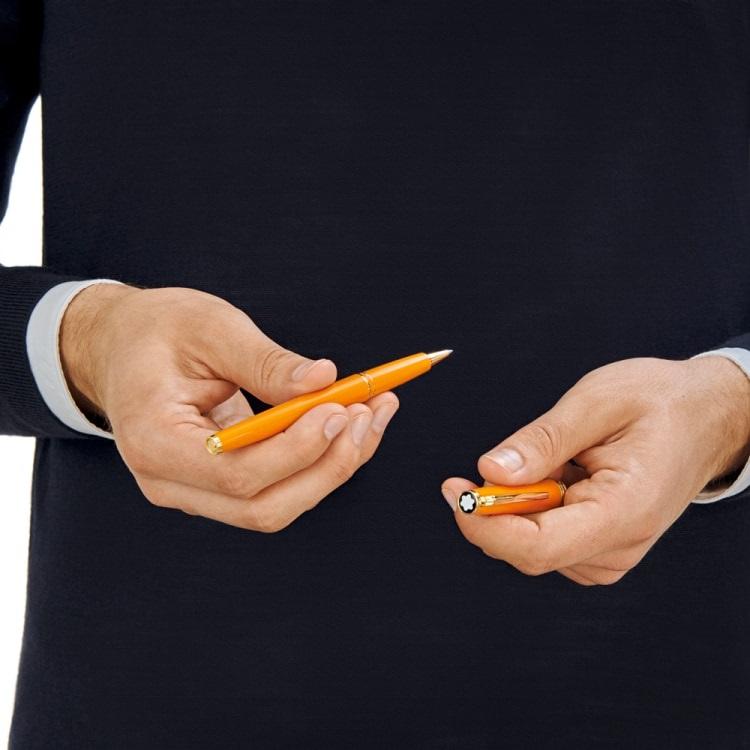 Pix Montblanc penna roller arancio 119902 - Gioielleria Casavola Noci - Idea regalo laurea economica unisex - foto