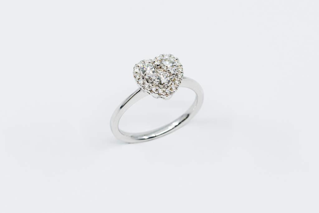 Anello cuore Liberty White 47 punti - Idea regalo donna importante - Gioielleria Casavola Noci