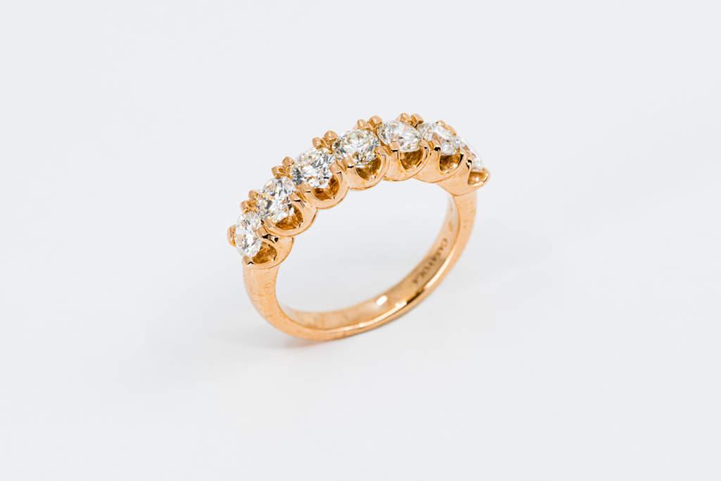 Veretta 7 diamanti rosé - anello proposta di matrimonio importante - Gioielleria Casavola Noci