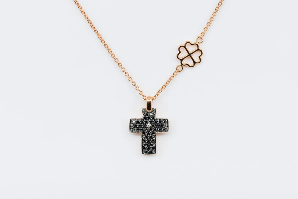 Collana croce diamanti neri Angelus Rosé Light - Gioielleria Casavola Noci - idea regalo fidanzato religioso - main