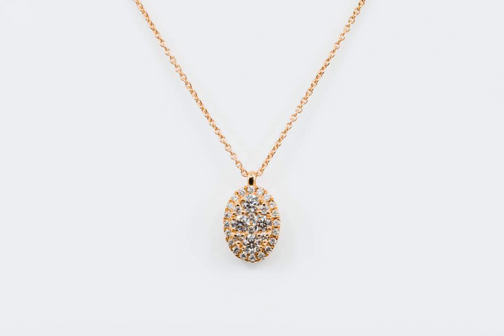 Collana pendente ovale Liberty Rose - Gioielleria Casavola di Noci - idea regalo diamanti oro rosa