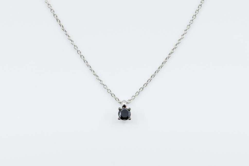 Collana punto luce diamante nero uomo Black&White - idea regalo compleanno ragazzo - Gioielleria Casavola Noci