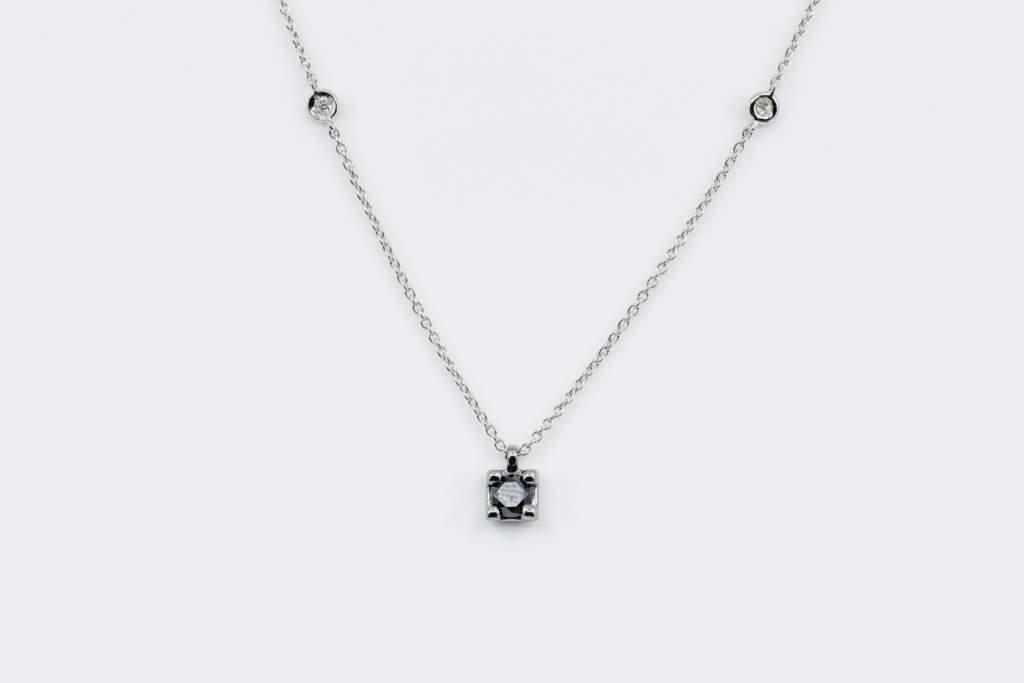 Collana punto luce diamante nero uomo black square - idea regalo per lui - Gioielleria Casavola Noci