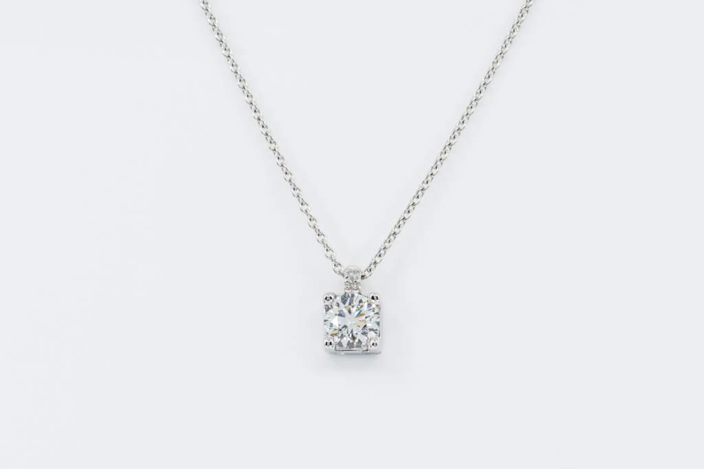 Collana punto luce diamante Double Bright - Gioielleria Casavola Noci - Caratura grande - idea regalo donne