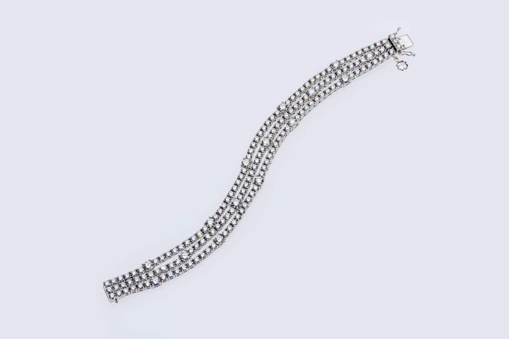Bracciale tre fili diamanti Prestige - Gioielleria Casavola Noci - gioielli di lusso