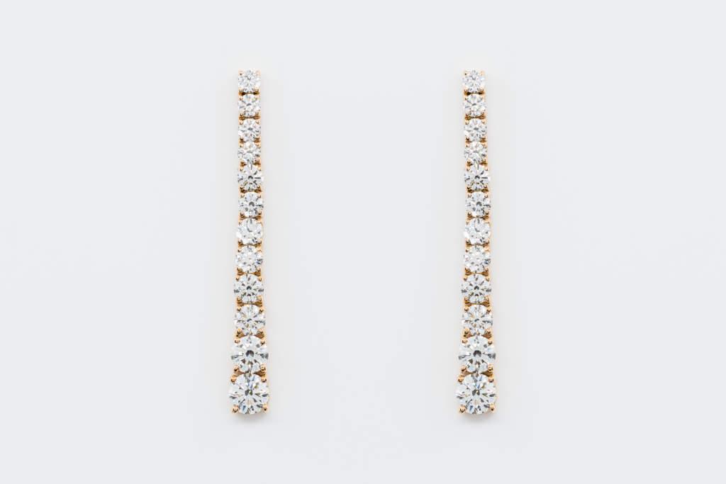 Crivelli orecchini lunghi pendenti diamanti oro rosa | Gioielleria Casavola Noci | Idea regalo donne | Anniversario matrimonio