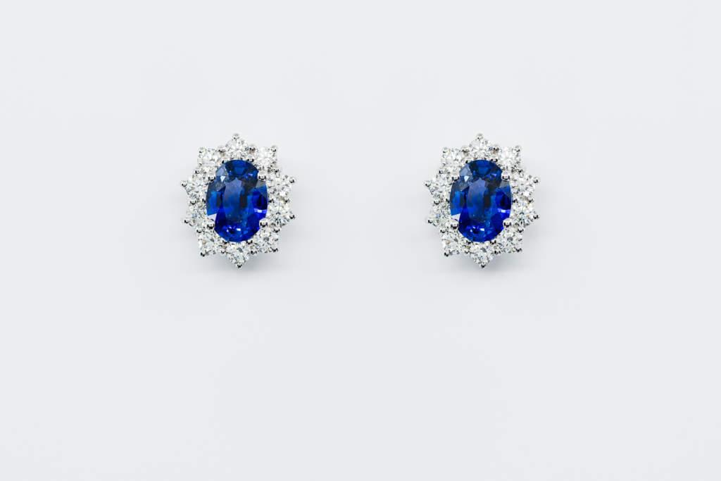 Crivelli orecchini zaffiri rosette con diamanti | Gioielleria Casavola Noci | Idea regalo donne