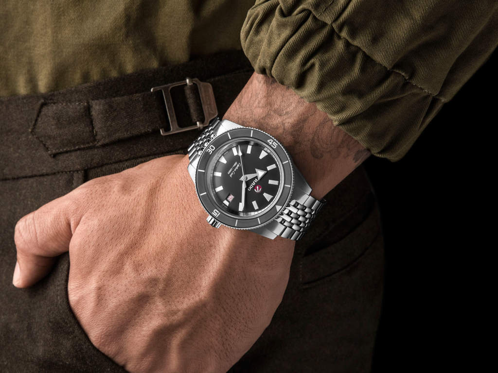 Rado Captain Cook R32105103 orologio subacqueo automatico uomo limited edition - Gioielleria Casavola Noci - dressed