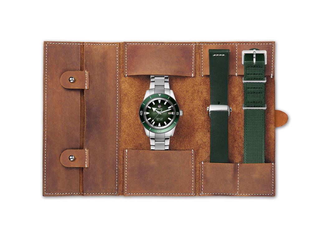 Rado Captain Cook R32105318 - orologio automatico ghiera verde - Gioielleria Casavola Noci - travel bag