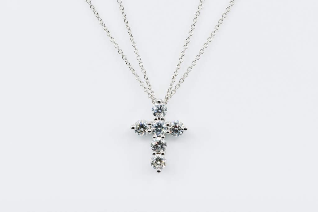 Collana croce oro bianco e diamanti Prestige - Gioielleria Casavola di Noci - idee regalo battesimo comunione cresima