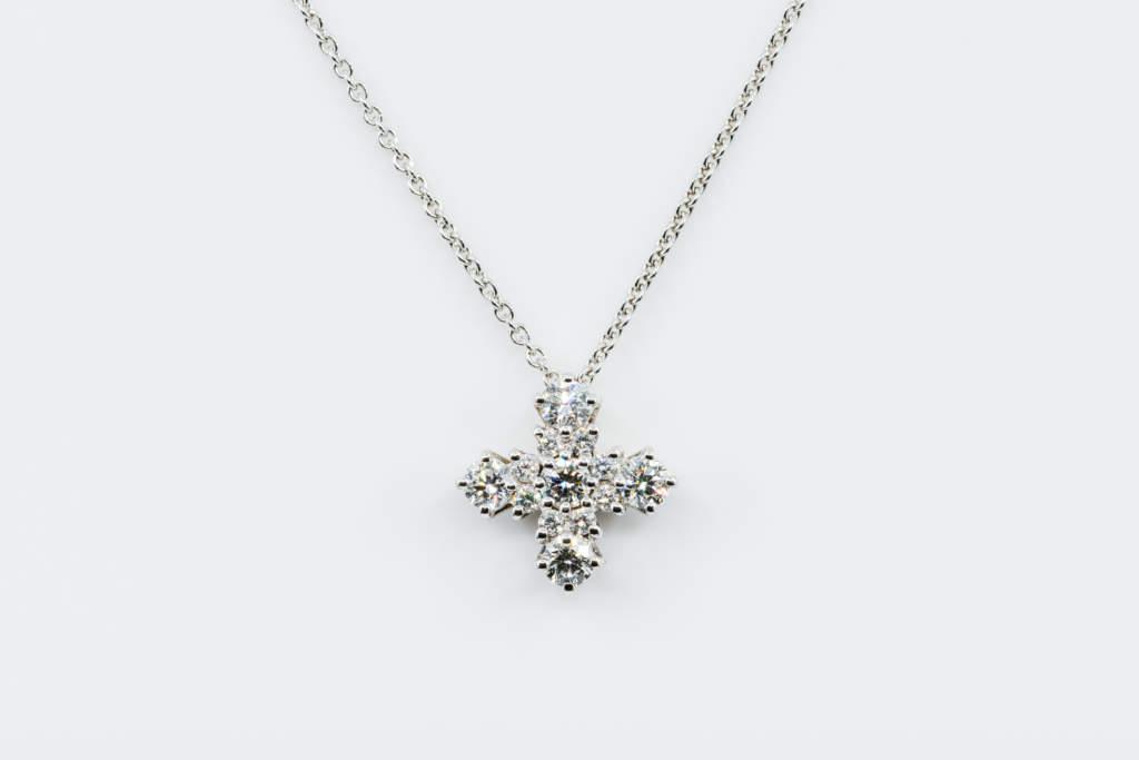 Crivelli collana croce greca diamanti - Gioielleria Casavola Noci - idee regalo battesimo