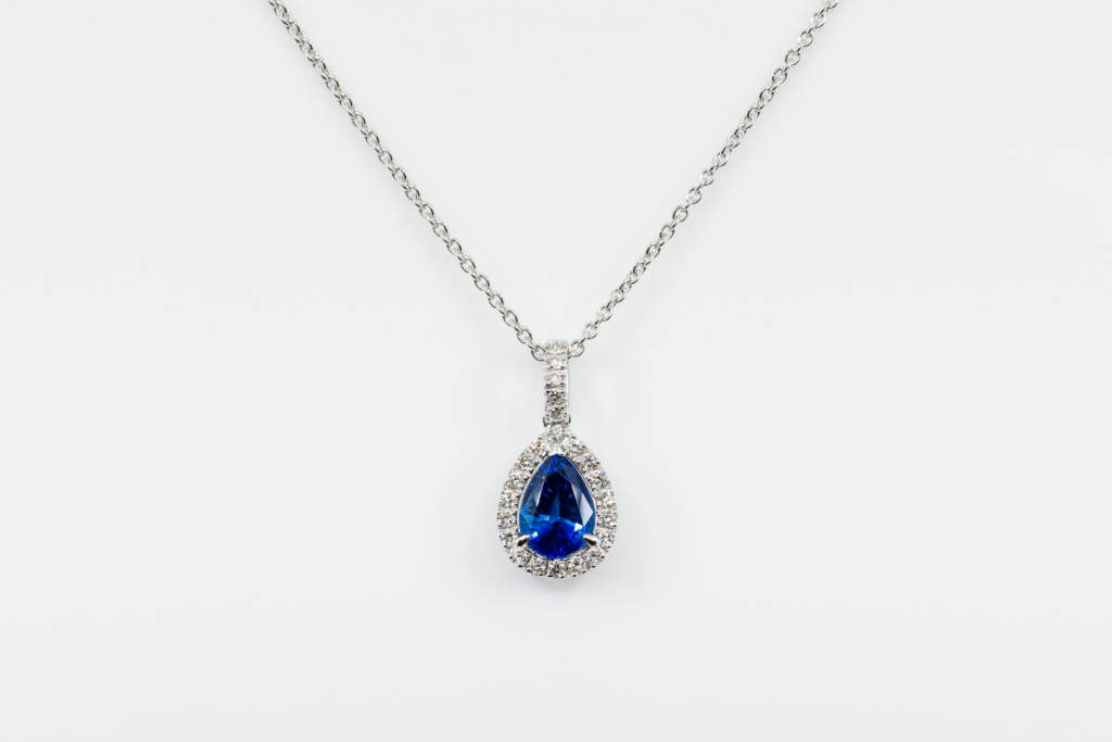 Crivelli collana pendente goccia zaffiro - Gioielleria Casavola di Noci - idee regalo donne