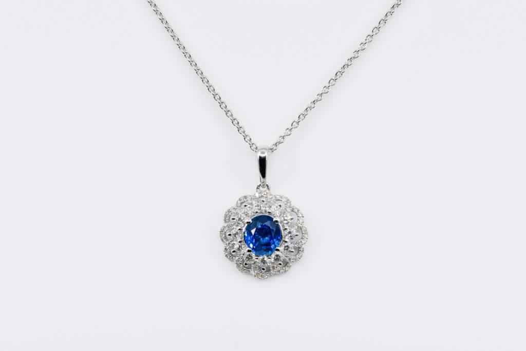Crivelli pendente intrecciato zaffiro e diamanti - Gioielleria Casvola Noci - idee regalo fidanzata