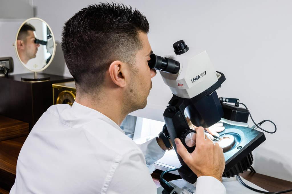 Gioielleria Casavola di Noci - Analisi gemmologica - Dario al microscopio - Diamanti e pietre preziose