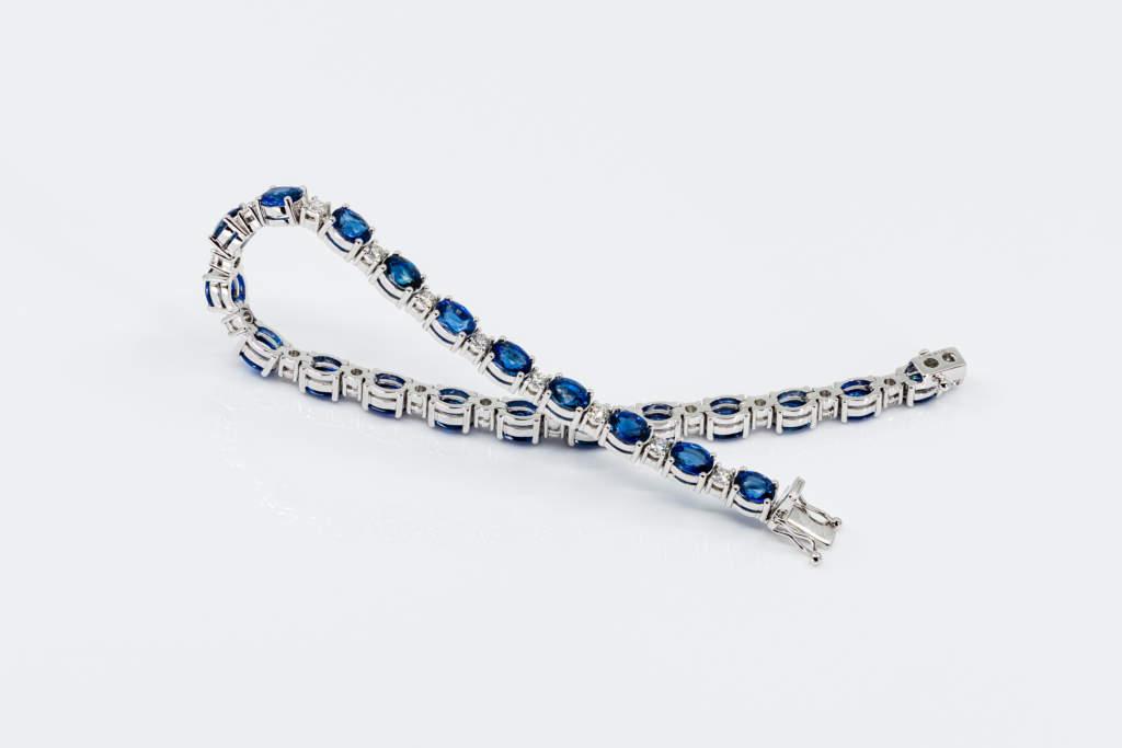 Crivelli bracciale zaffiri ovali e diamanti - Gioielleria Casavola di Noci - idee regalo donne