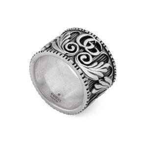 Gucci Jewelry Argento YBC551895001 - Gioielleria Casavola Noci - anello fascione GG Marmont - main - idee regalo