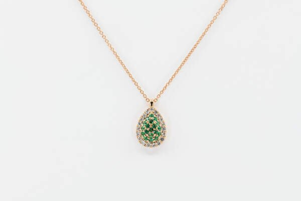 Collana goccia Liberty Rose smeraldi - Gioielleria Casavola Noci - idee regalo fidanzata - main - regali per ogni occasione