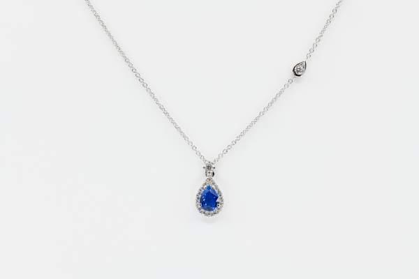 Crivelli collana zaffiro goccia e diamanti - Gioielleria Casavola Noci - idee regalo donne per ogni occasione