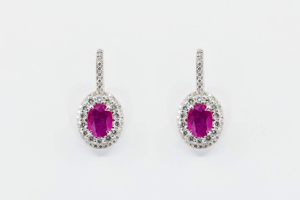 Crivelli orecchini brillanti rubini - Gioielleria Casavola Noci - idee regalo donne - main