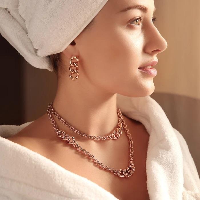 Orecchini curb Bronzallure WSBZ01750R - Gioielleria Casavola Noci - idee regalo donne - indossati