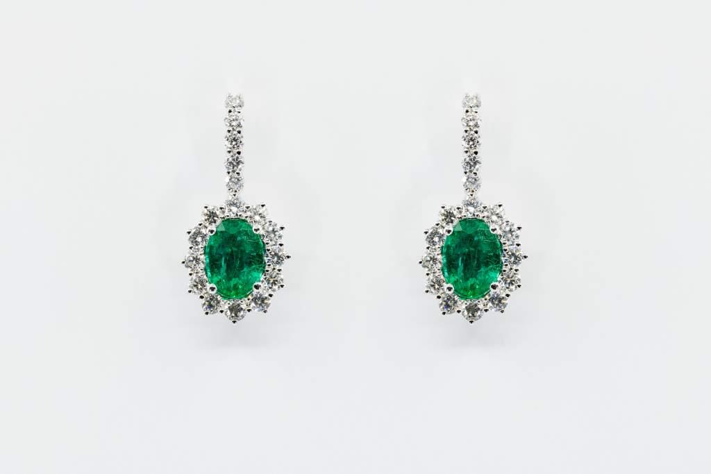 Orecchini rosette smeraldo pavé Prestige - Gioielleria Casavola Noci - high end jewelry