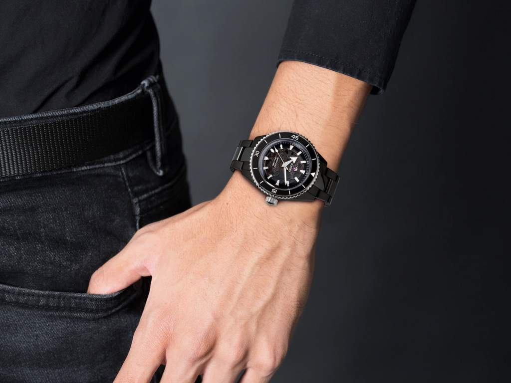 Rado Captain Cook R32127152 - Gioielleria Casavola Noci - orologio automatico ceramica uomo - indossato