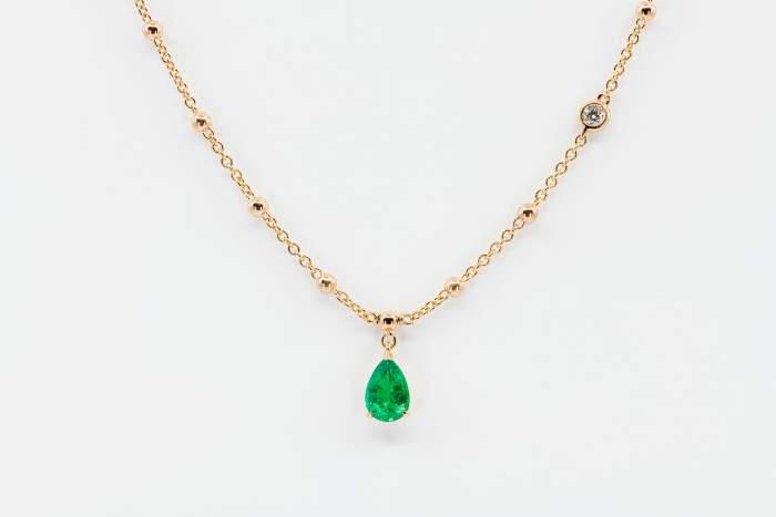 Crivelli pendente goccia smeraldo - Gioielleria Casavola Noci - collana oro rosa - idee regalo donne