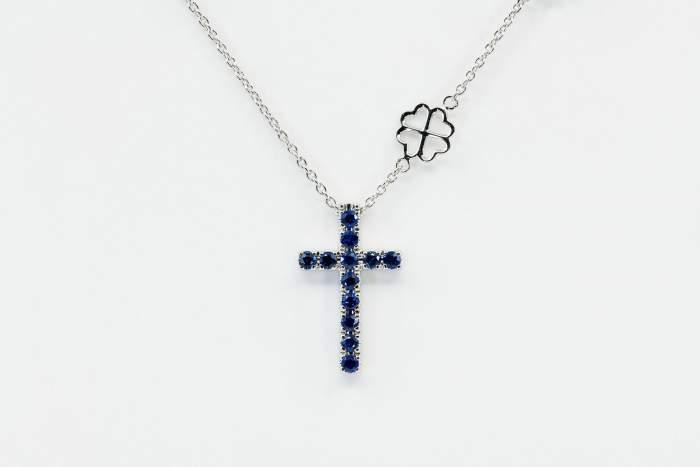 Collana croce zaffiri Angelus base white - Gioielleria Casavola Noci - idee regalo prima comunione