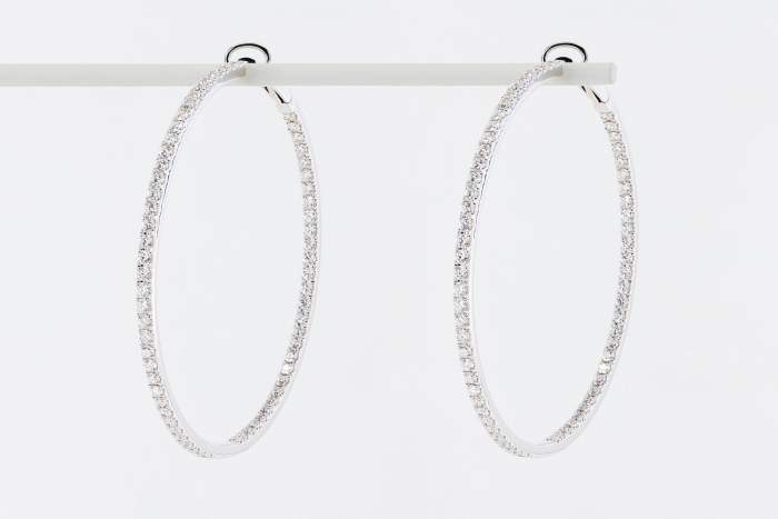 Crivelli orecchini cerchio oro bianco pavé grandi - Gioielleria Casavola Noci - idee regalo donne