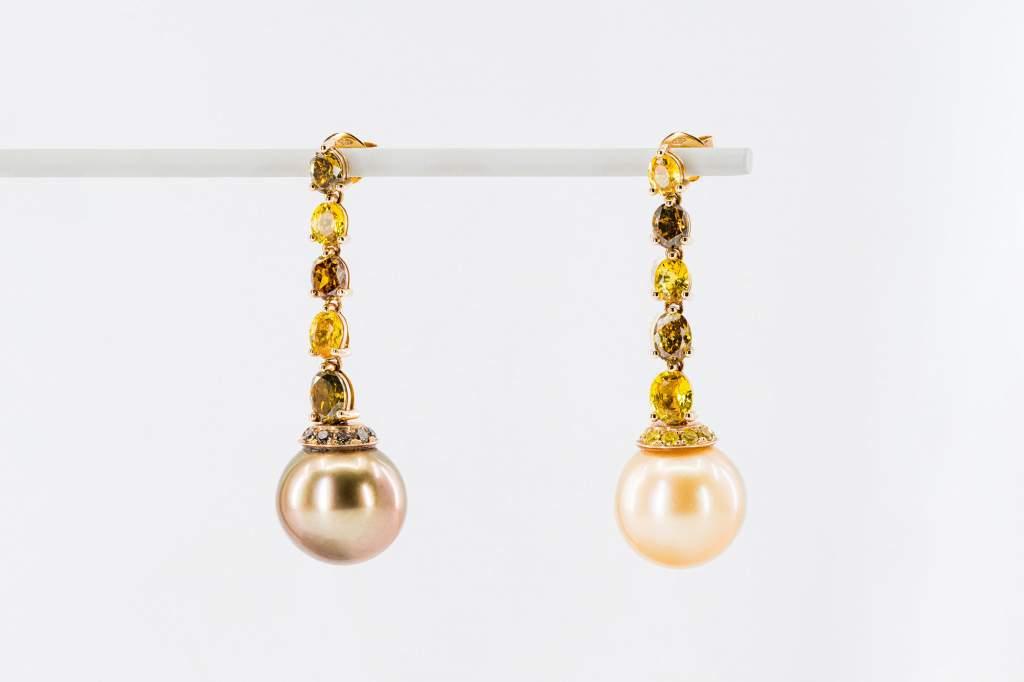 Orecchini pendenti perle fantasia Prestige - Gioielleria Casavola Noci - diamanti fancy - zaffiri gialli - idee regalo donne